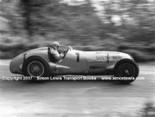 Mercedes W125 Rudi Carracciola at speed 1937 Donington GP